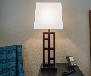 Bay Bridge Inn - Guest Room with Lamp